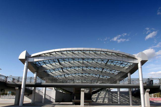 鋼結構玻璃雨棚